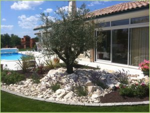 Beautiful landscaped garden, beaches in marble aggregates