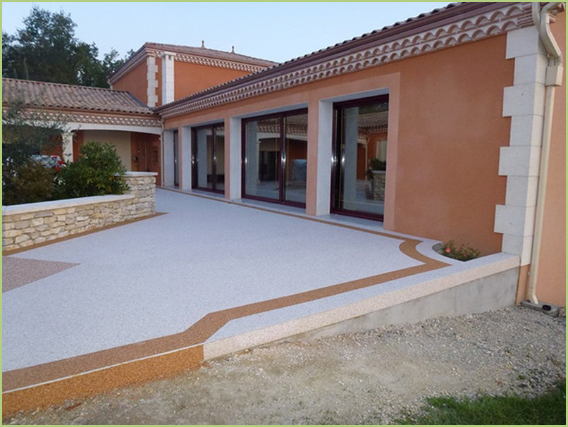 terrace Resin marble in color botticino and trim in rosso verona